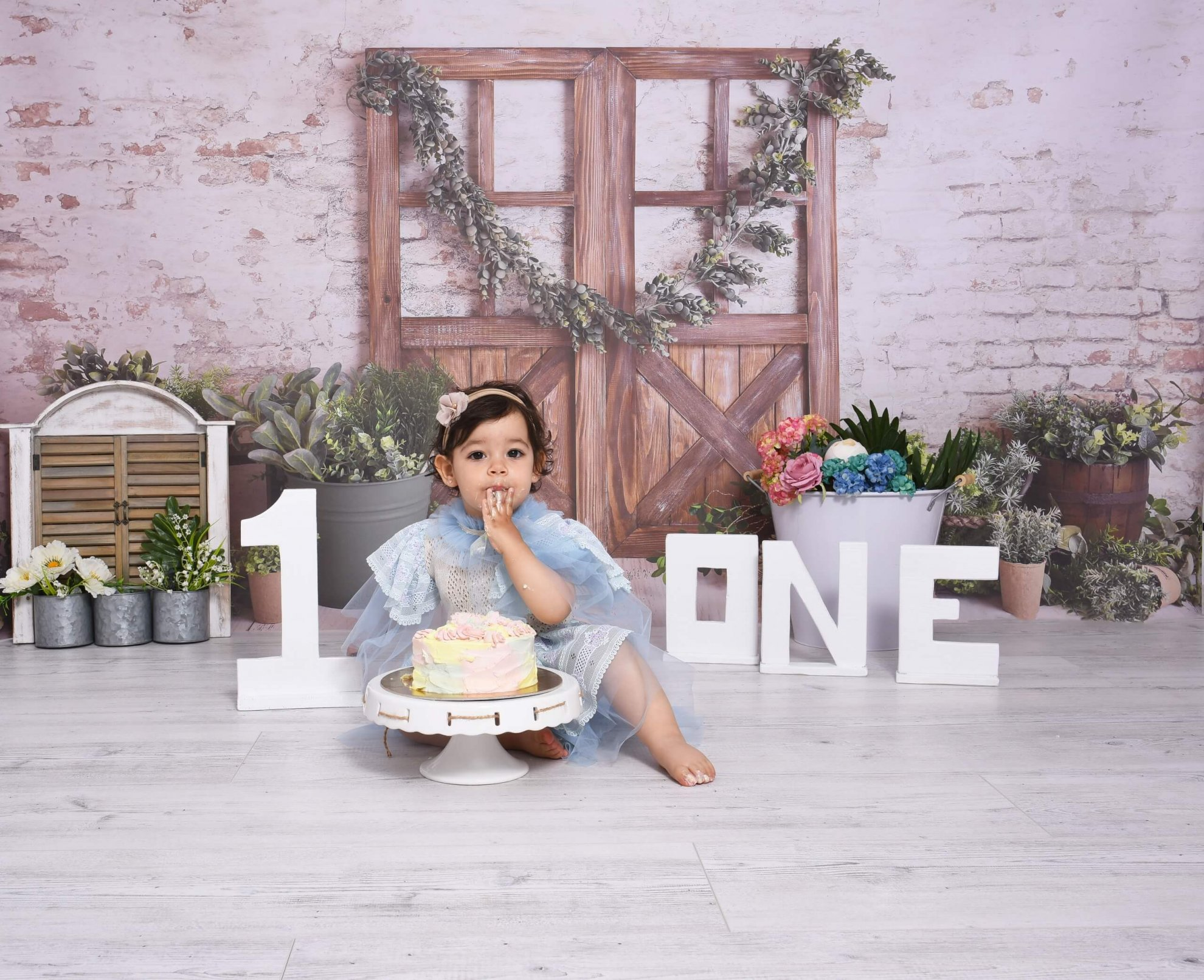 Sedinte foto 1 AN Ploiesti, Prima aniversare, Smash the cake
